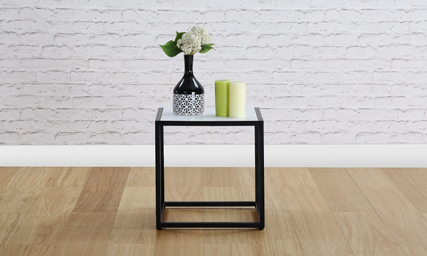 Wyn End Table
