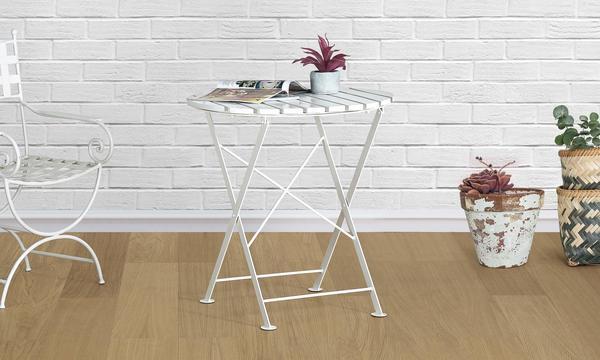 Oriel Bistro Table
