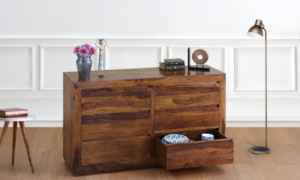 Mansfeld Chest Of Drawers