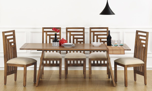 Larne 8 Seater Dining Table, Veneer Top
